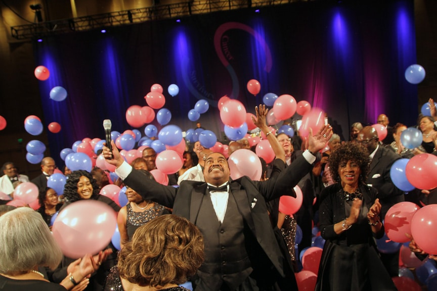 Dr.-Melvin-Black-and-White-Gala-Balloon-Drop